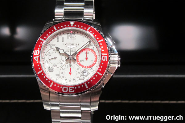 L'hydroconquest change (un petit peu) de look Longines_chrono_red